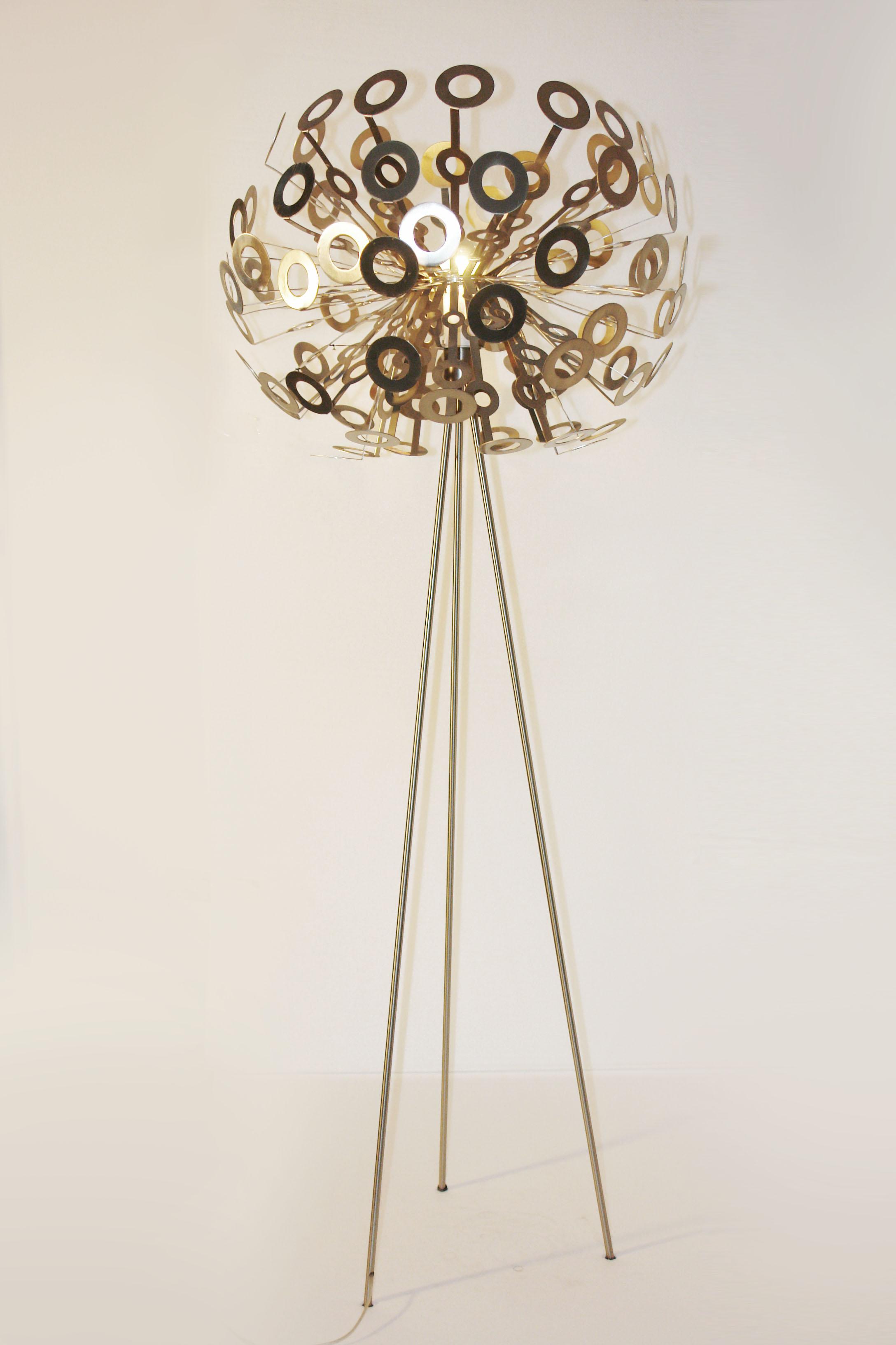 dandelion hutten 39 style 39 tripod floor lamp light retro smarty lamps. Black Bedroom Furniture Sets. Home Design Ideas